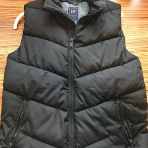 Gap Black Puffer Vest with Chambray Lining - M
